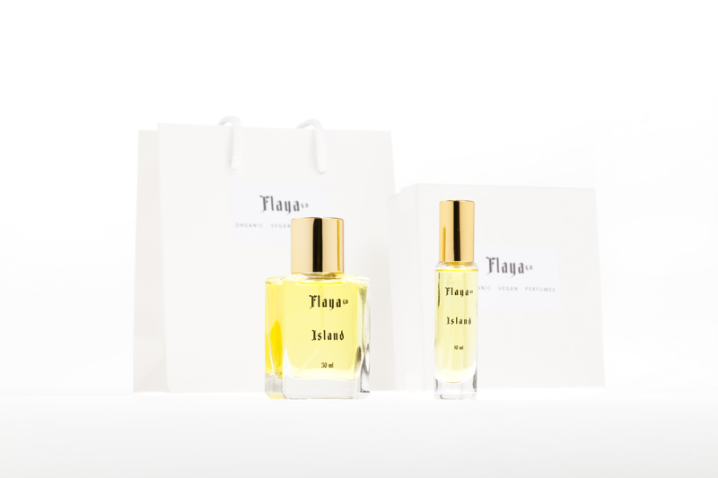 This is a professional advertising shot for the company Flaya Perfumes which is based in North Yorkshire its also a studio style photograph, the company sell's Organic Vegan Perfumes.